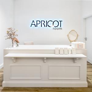APRICOT room (2x in Köln)